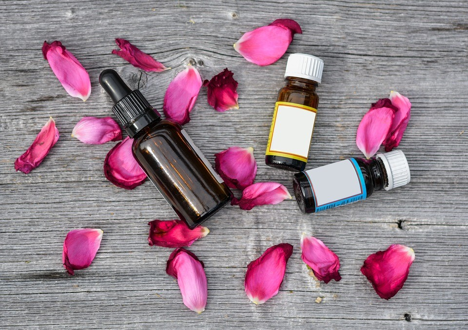 1 Great Essential Oil for Each Skin Type